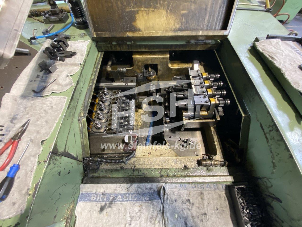 M30I/8323 – JERN YAO – JNF-13B5SL – 1995 – 8 mm